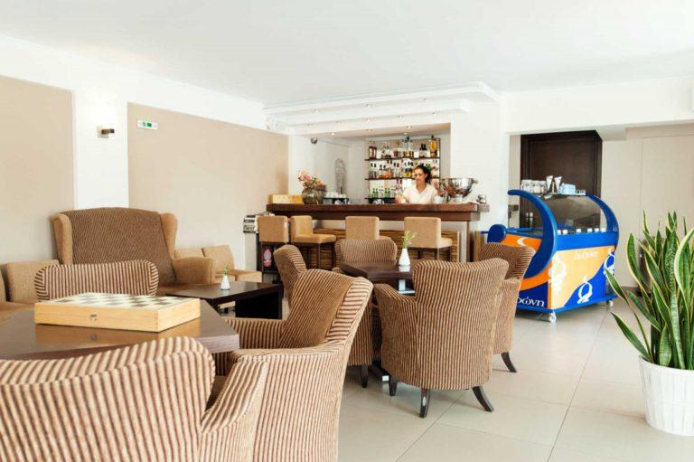 Ammos Bay Interior Cafe Restaurant/Εσωτερικό Καφέ-Εστιατορίου Ammos Bay