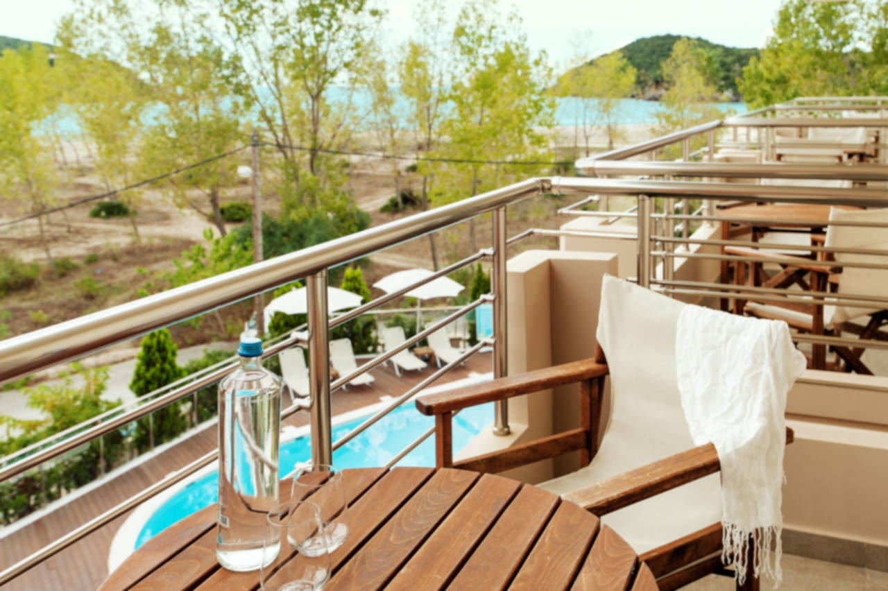 Θέα από το Μπαλκόνι/Balcony View